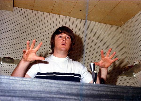 BRIAN WILSON IN THE STUDIO